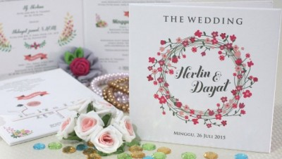 Wedding Card Simple Bernuansa Putih
