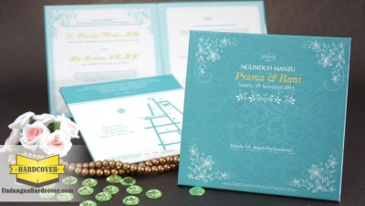 Undangan Nikah Tosca Bentuk Persegi