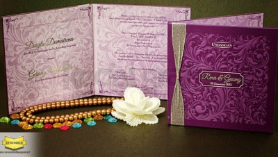 Undangan Pernikahan Hardcover Elegan Full Emboss